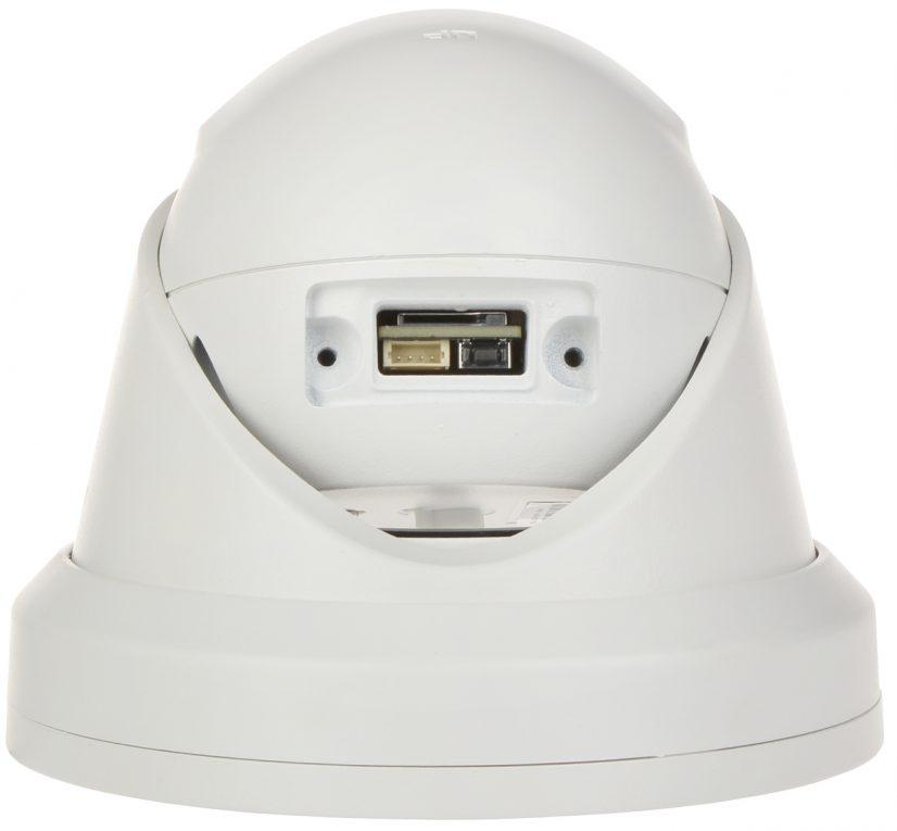 Kameraet har en vanntett luke, som beskytter reset-knapp og slot for SD-kort (illustrasjonsbilde)